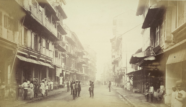 Street scene in the Fort area, Bombay.